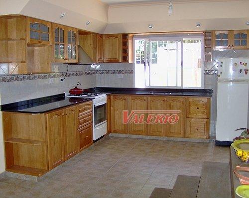 Dise o y creaciones en maderas for Como armar una cocina integral