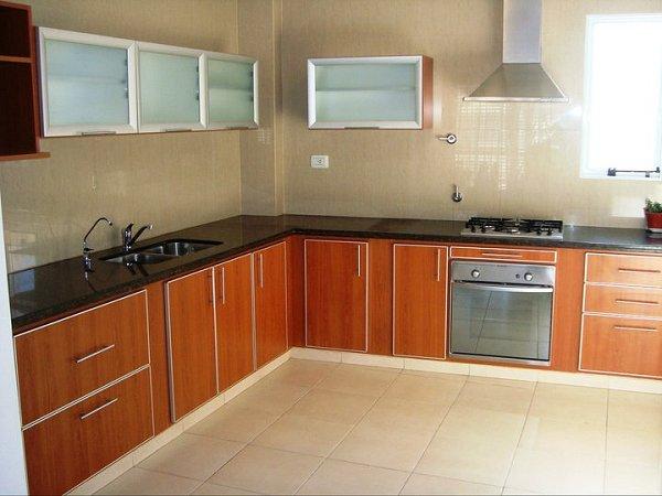 Melamina con bordes de aluminio muebles de cocina a medida amoblamientos para cocina en - Cocinas a medida ...