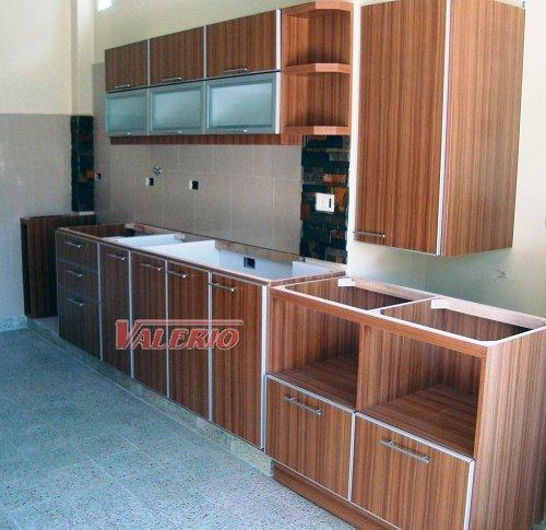 Melamina con bordes de aluminio muebles de cocina a for Planos de bajo mesada de melamina