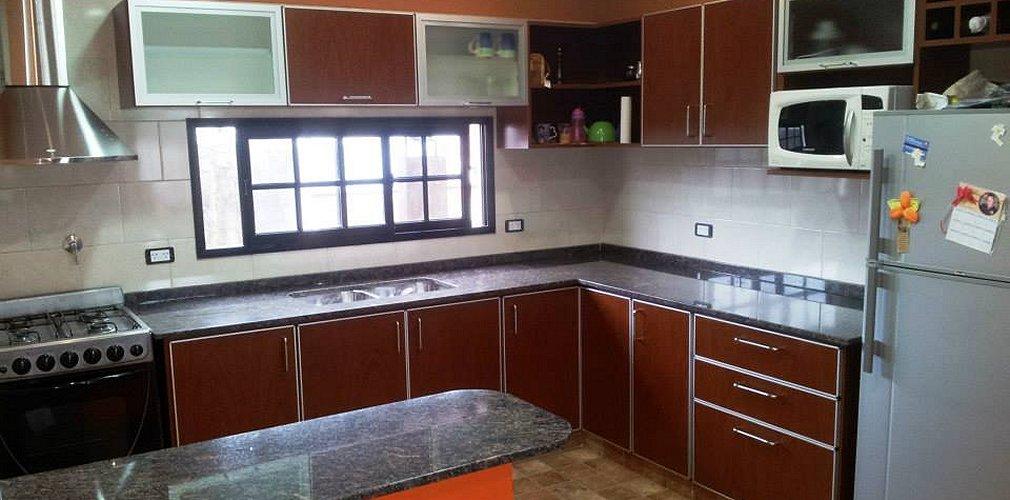 Amoblamientos de cocina valerio muebles de cocina en for Amoblamientos de cocina a medida precios